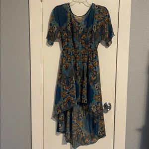 NWOT-Madison by ShoeDazzle Teal Print Hi Low Dress